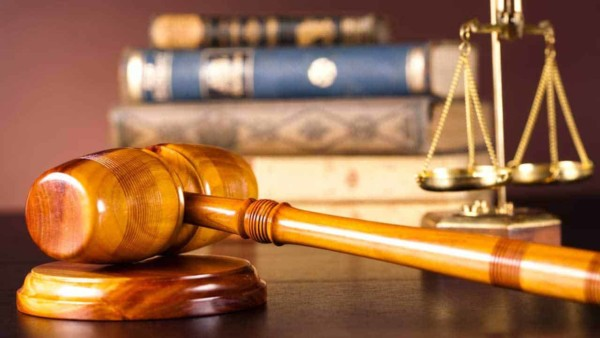 if a buyer finds a defect that the seller didn't disclose BEFORE the statute of limitations runs out, the buyer can sue the seller