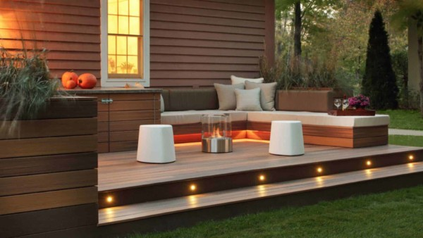 outdoor home decor can be enhanced with creative lighting