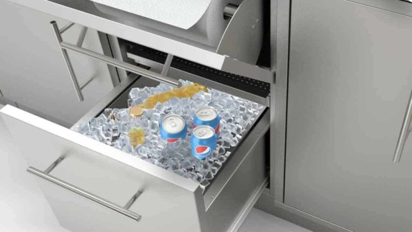 outdoor kitchen ideas should include an ice drawer for drinks
