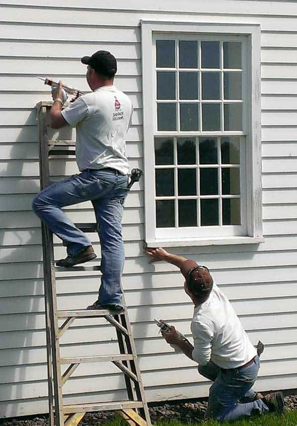 Exterior paint a great home improvement idea home tips for women - Painting preparation exterior photos ...