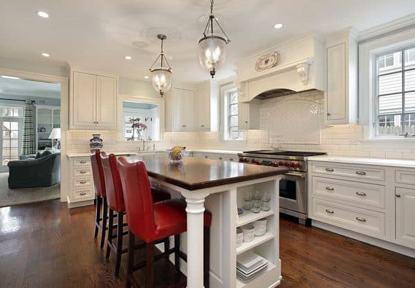 good kitchen lighting design uses all 3 types of lighting, which is especially useful for avid cooks and those who use their kitchen for entertaining
