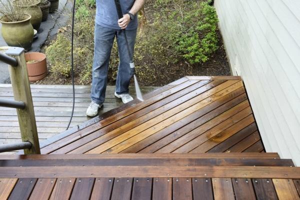 Deck restorer
