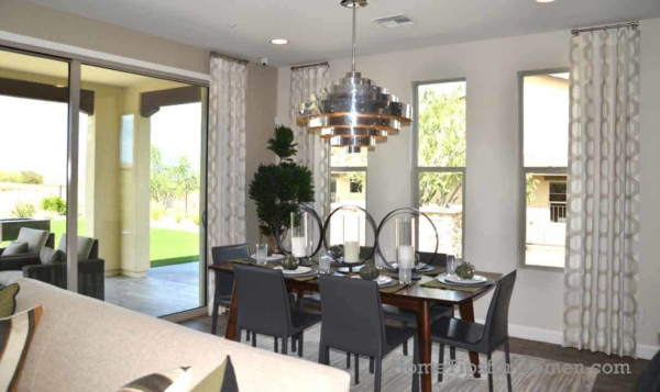 an eggshell paint finish is perfect for dining rooms with average traffic, wear and tear