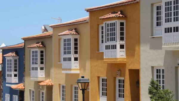 wondering where you'd put one or more bay windows can be challenging