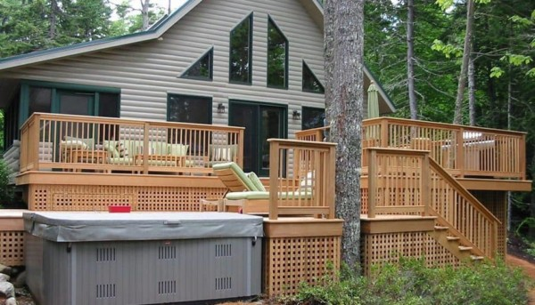 deck railings have vertical balusters or they're also called spindles