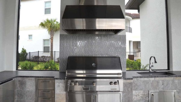 homes in family vacation resorts expect lots of outdoor cooking