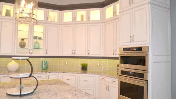 family vacation resort homes often include large kitchens for family gatherings