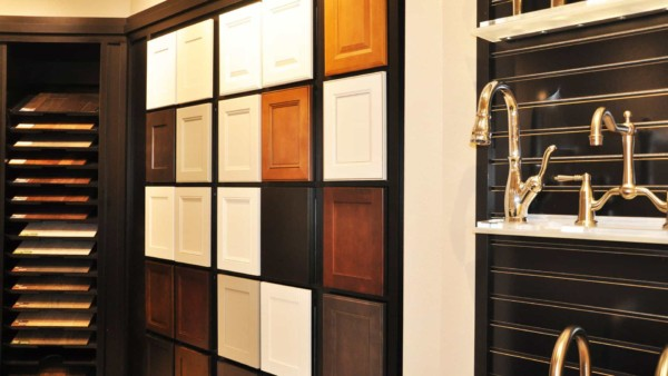 cabinet choices offered by home building companies