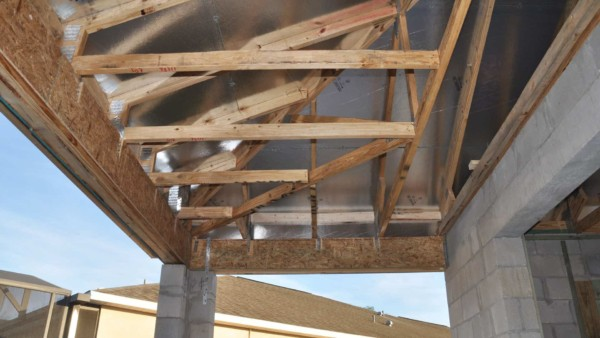 radiant-attic-insulation-compliments-wall-insulation