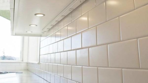 lights & outlets under kitchen cabinets
