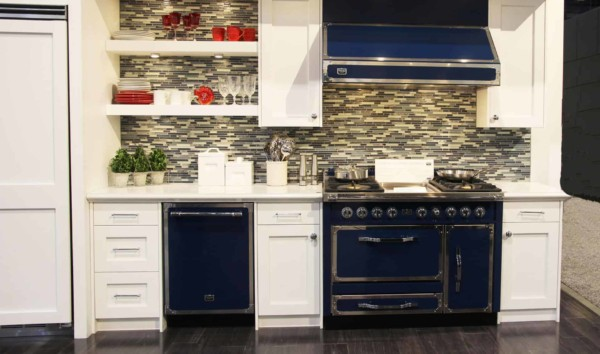 Blue appliances in this traditional white kitchen ...