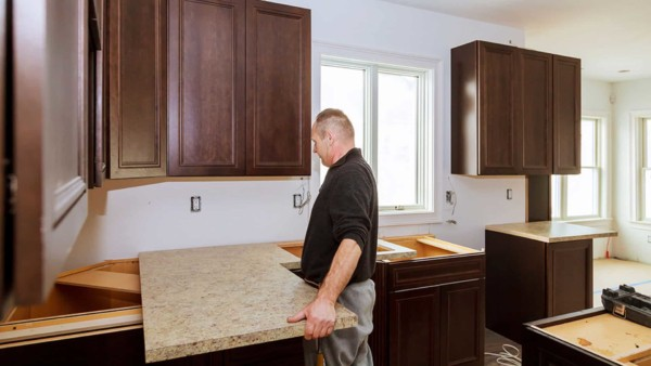 installing laminate kitchen countertops isn't difficult except for corners ...
